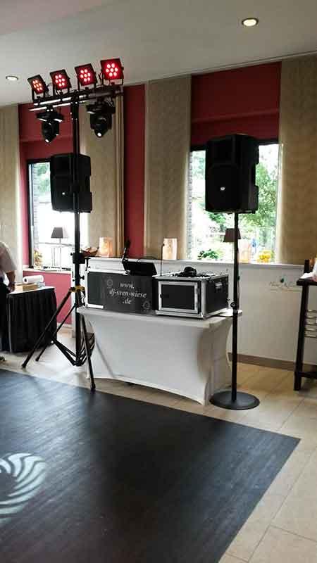 DJ Sven Wiese im Haus Kleinlosen 001